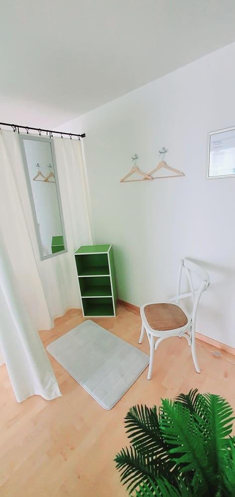 Garderobe Chillout Zone Wildegg - medizinische Massagepraxis